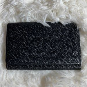 Authentic Chanel Key holder CC Caviar leather